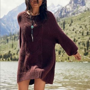 Aerie Oversized Cable Knit Sweater Maroon